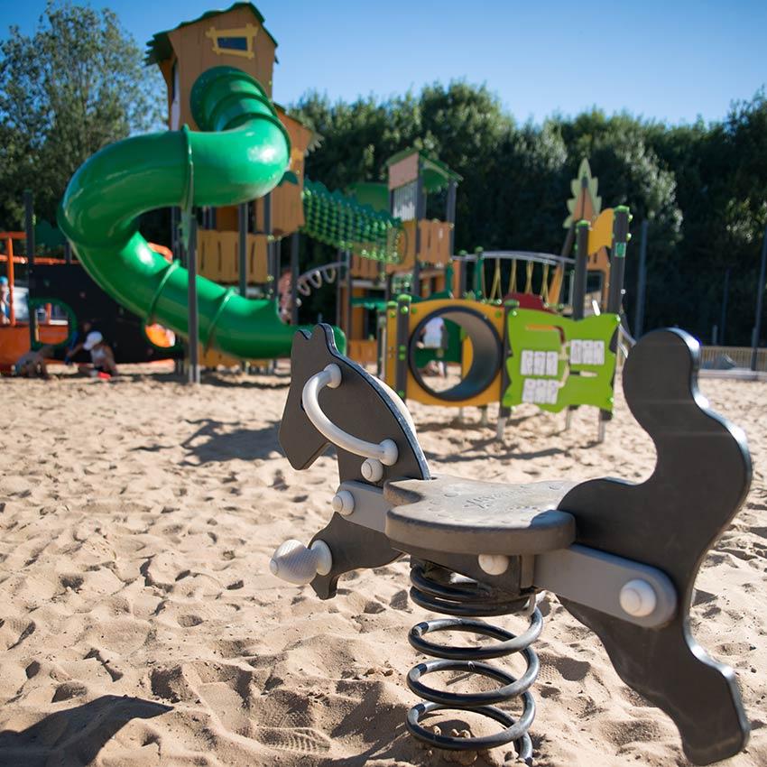 Aire de jeux enfants du camping en Vendée