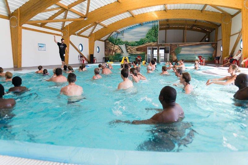 latlantique un camping avec piscine couverte la tranche sur mer