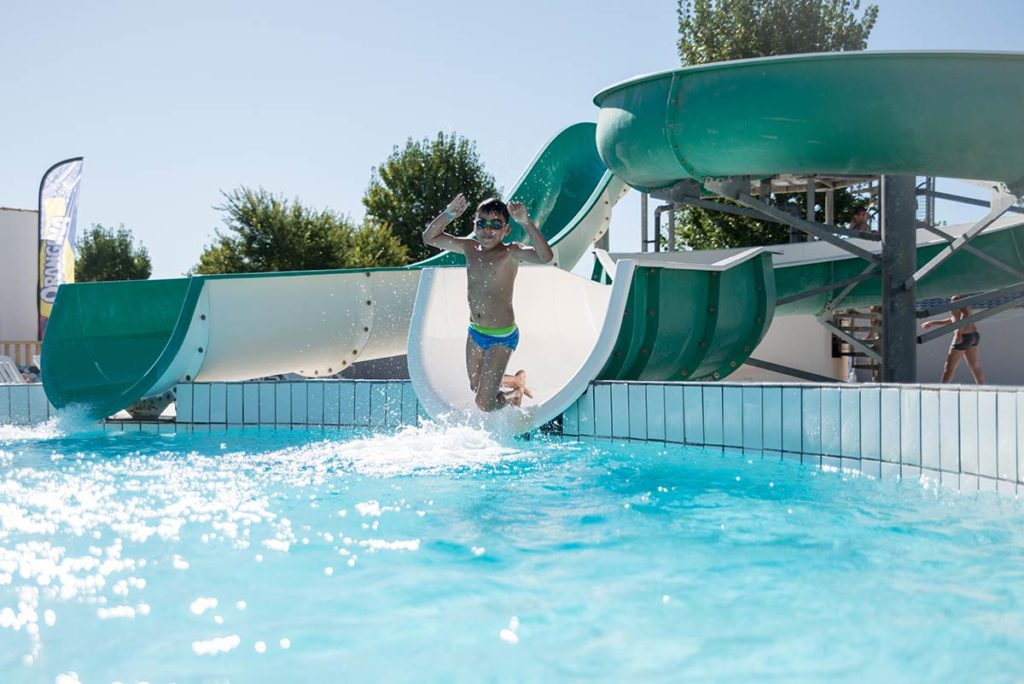 piscine camping offres spéciales
